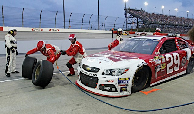 Just saying – Harvick And The #29 Team Kicked Arse In 2013