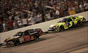 Harvick 2006 Chevy Rock & Roll 400 - The pass