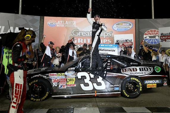 Harvick Wins NW #40 – Atlanta Race